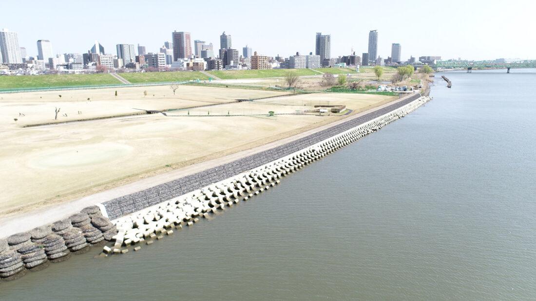 R1荒川下流左岸荒川町地区下流低水護岸災害復旧