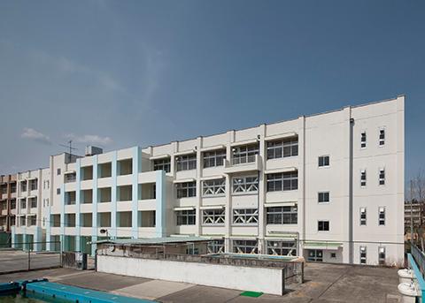 川西市立緑台小学校校舎棟耐震補強